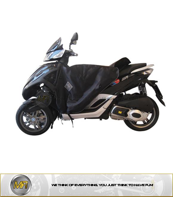Compatible con Piaggio MP3 Yourban 300 Sport i.e LT Bolsa de sill/ín o Tunnel Givi EA122 Negro 23 litros Bolsa para Moto Scooter maxiscooter Universal 290 x 250 x 310 mm Mochila con asa Correa
